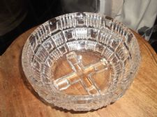 LARGE HEAVY ART DECO GLASS BOWL UNUSUAL CROSS FOOTED BASE DEEP GEOMETRIC CUT